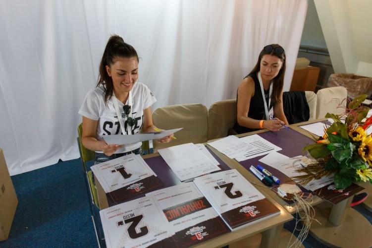Volonteri 2017_12